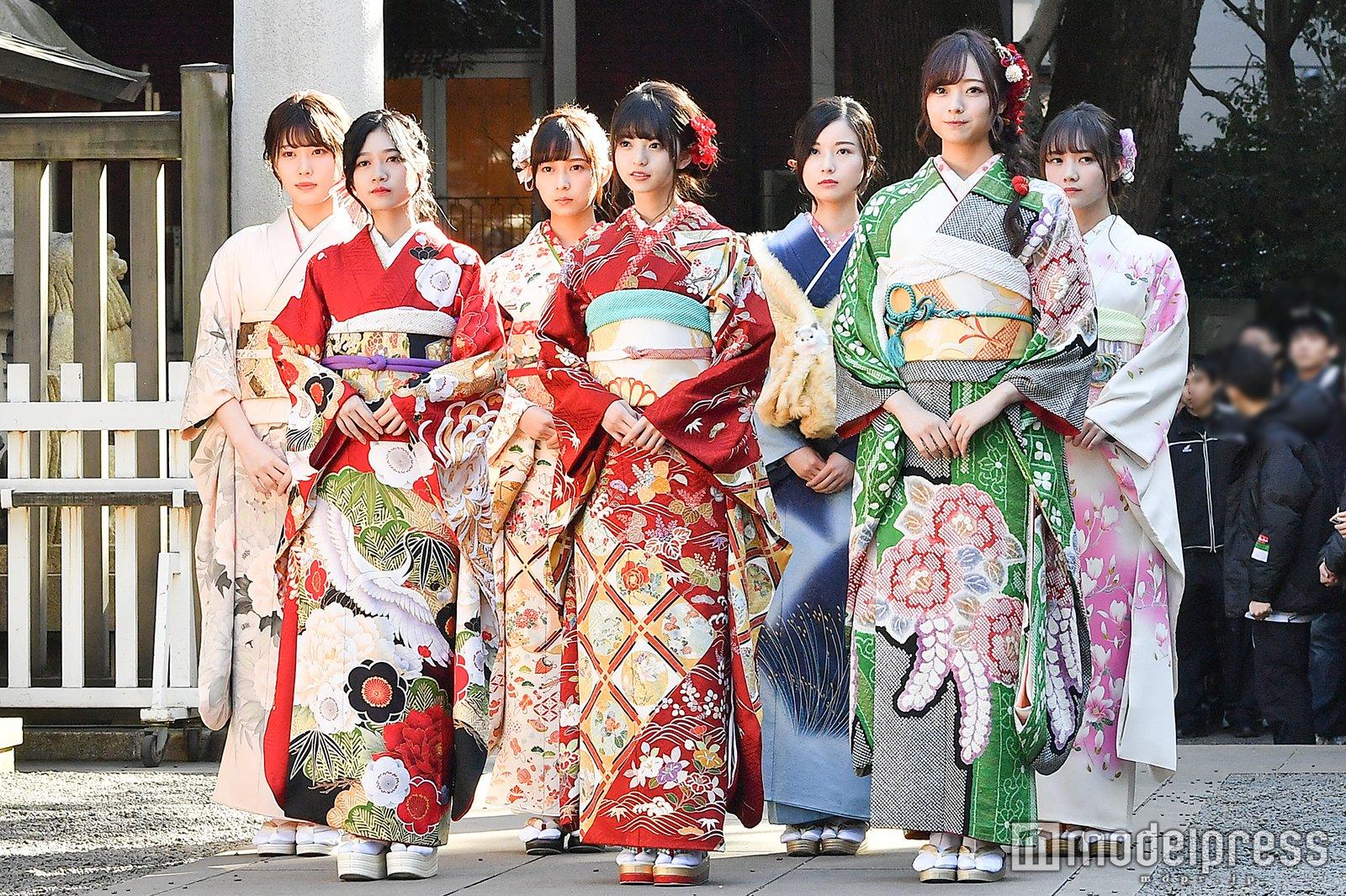 乃木坂46 98年組藤が乃木神社で成人式