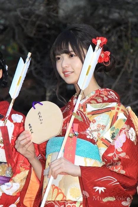 乃木坂46齋藤飛鳥、乃木神社の絵馬に新成人の抱負「飛鳥ちゃん」