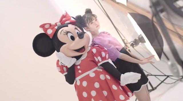 3月2日はミニーの日! 雑誌「sweet」3月号(宝島社)にミニーがモデルとして登場!