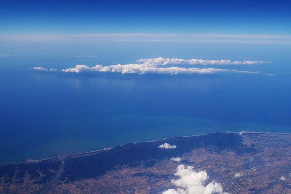 佐渡島の上にも佐渡島