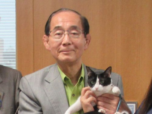 福岡5区 環境大臣 原田義昭先生とロビイスト猫ジャンヌダルク 500