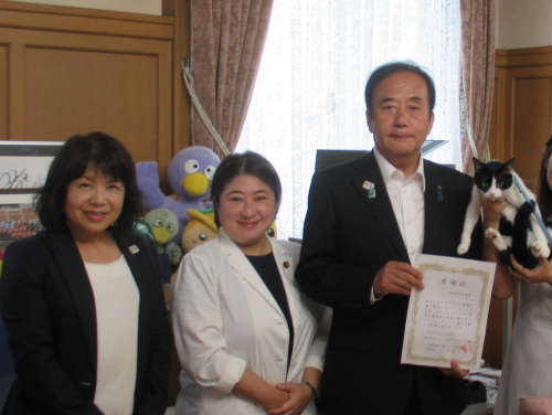 知事室 上田知事 小宮山泰子先生 姫井由美子先生 500