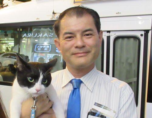 埼玉8区 衆議院議員 文科大臣 柴山昌彦先生と猫ジャンヌダルク 500