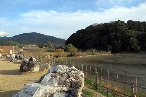 181210ひみこの庭箸墓三輪山
