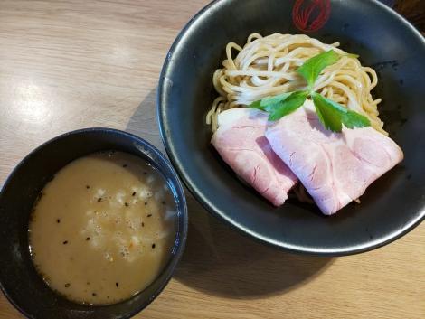 烏賊白湯つけ麺