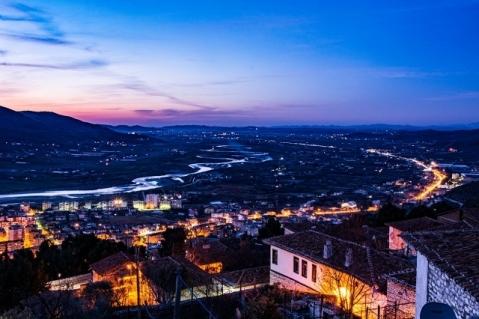 ベラト城からの夕刻の素敵な眺め