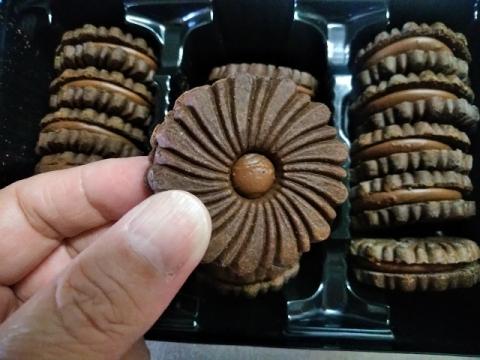 カナダ デア社のフォンダンショコラクッキー3