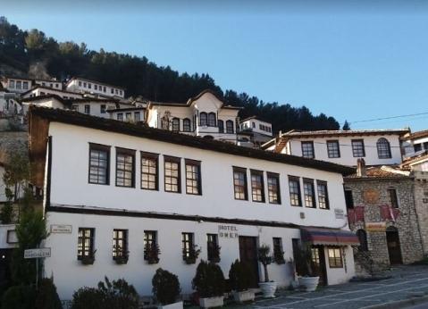 ホテル オマール ベラト
