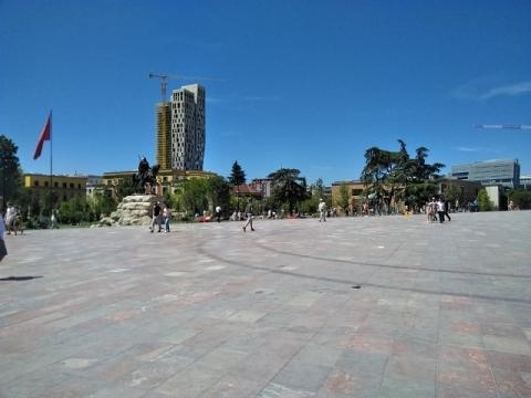 ティラナ観光12