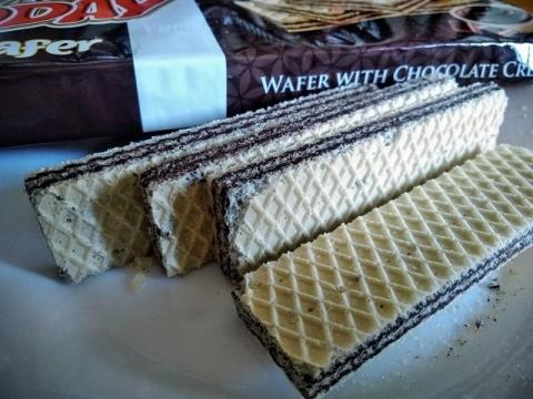 トルコ製チョコクリームとヘーゼルナッツクリームのウェハース2