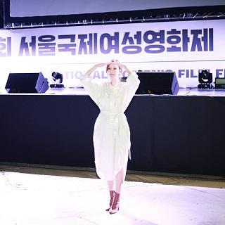 キムアジュンソウル国際女性映画祭2019K01