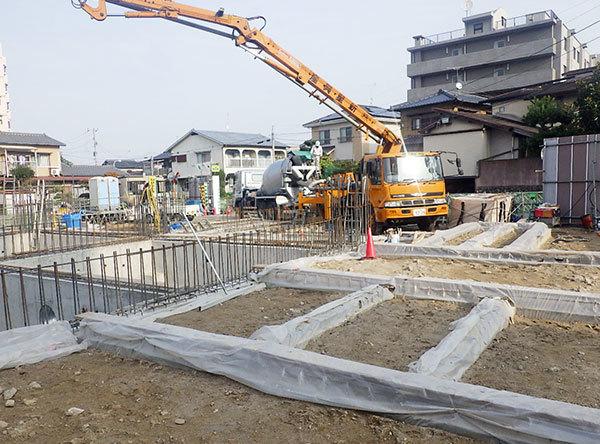 2018/12/01ピット土間コンクリート打設状況