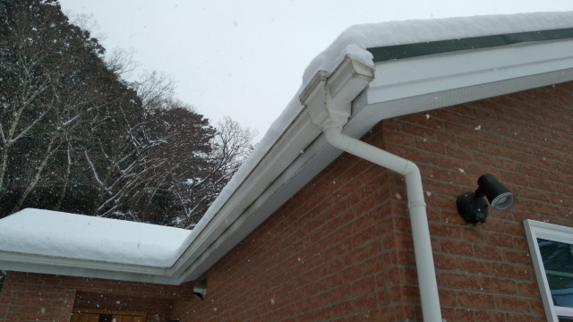 屋根の雪0216