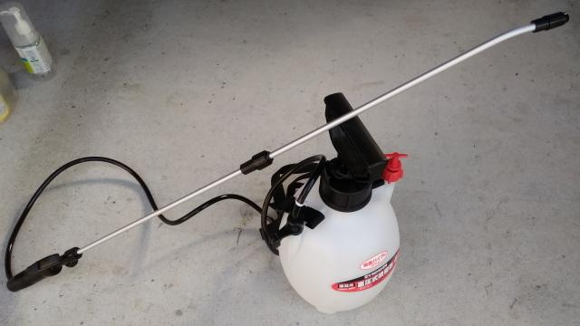 蓄圧式噴霧器0728