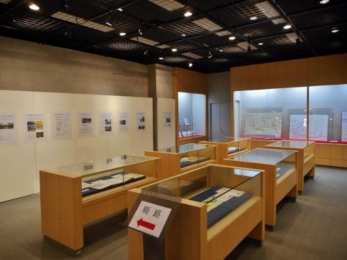 「失われた川を尋ねて『水の都』札幌」展示会場