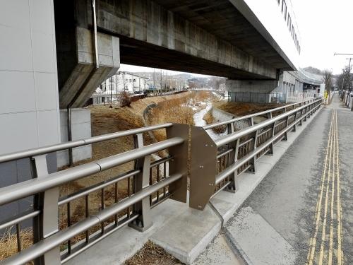 精進川 慈恵橋