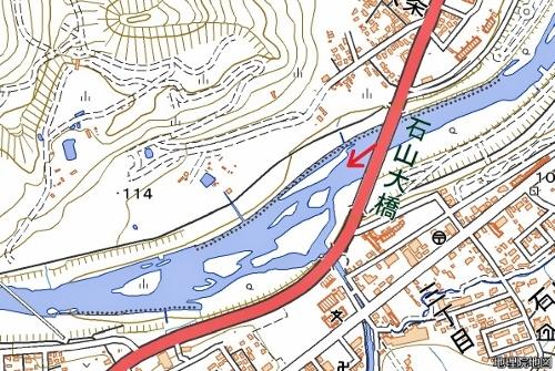 現在図 地理院地図  石山大橋周辺