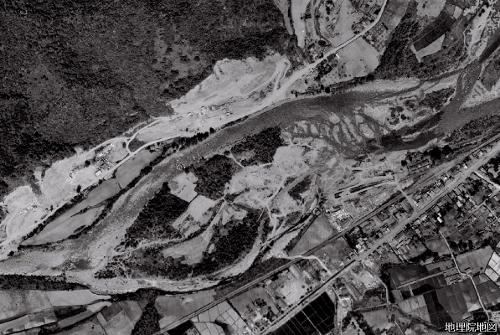 空中写真1961年 豊平川 石山周辺