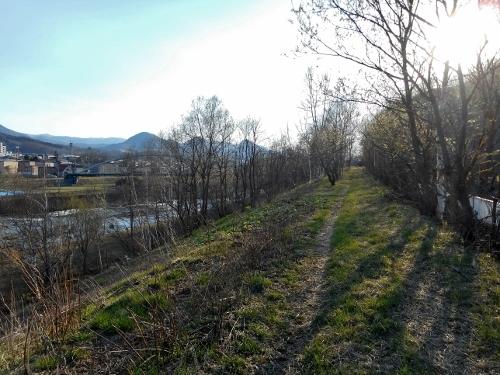 豊平川左岸 「石山」の町名が遺る河畔