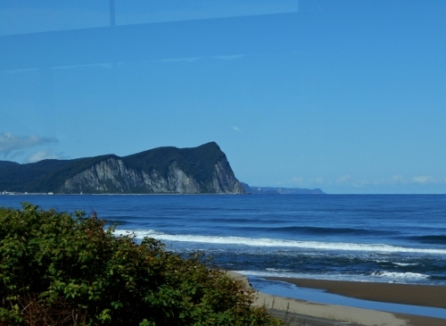 余市 シリパ岬 バス車窓から遠望