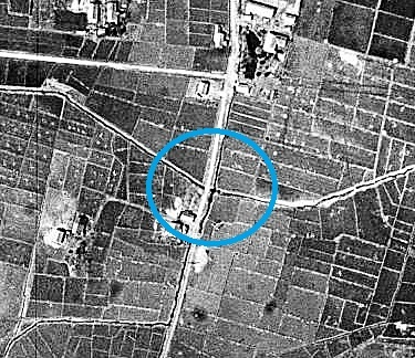 空中写真 1948年 一号用水路と小泉川の交差