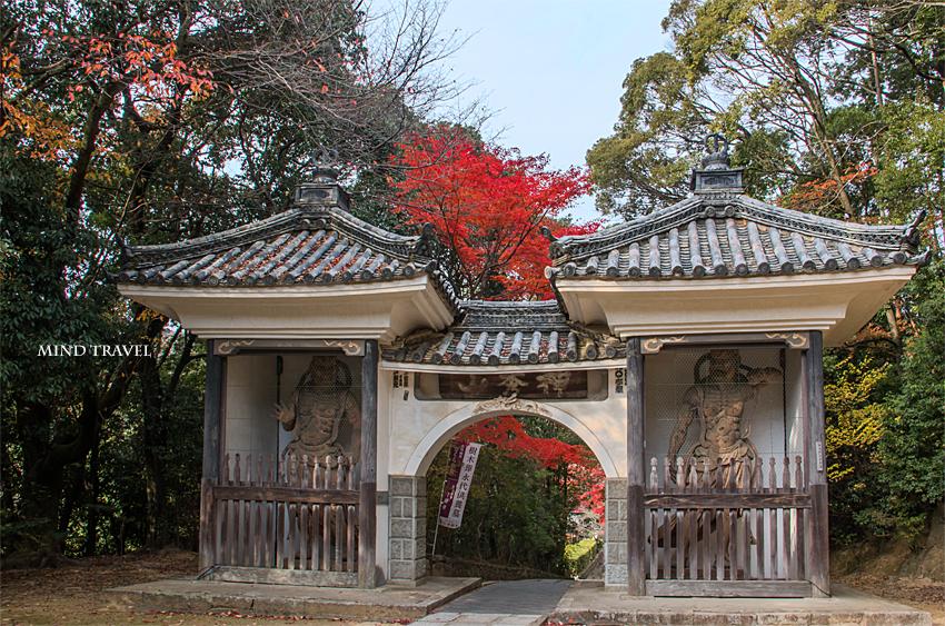満願寺 山門2