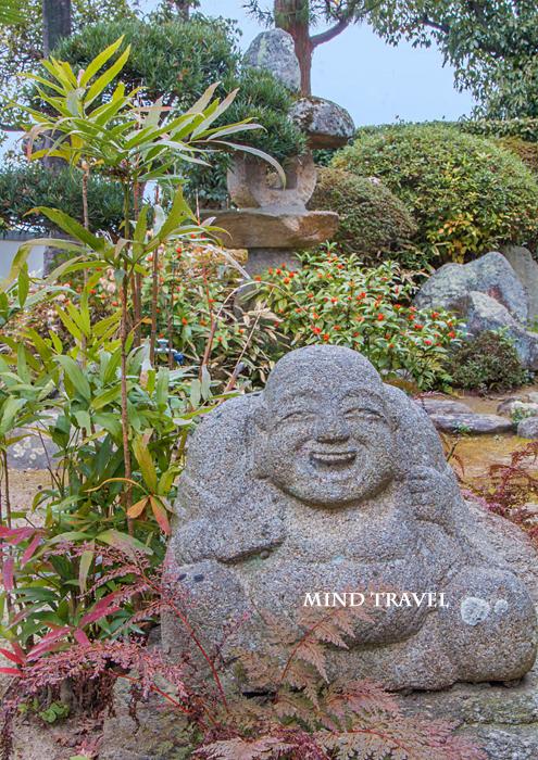 龍雲寺 布袋石像