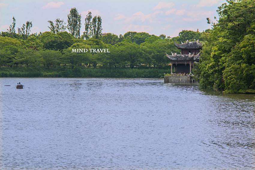 鶴見緑地公園 大池