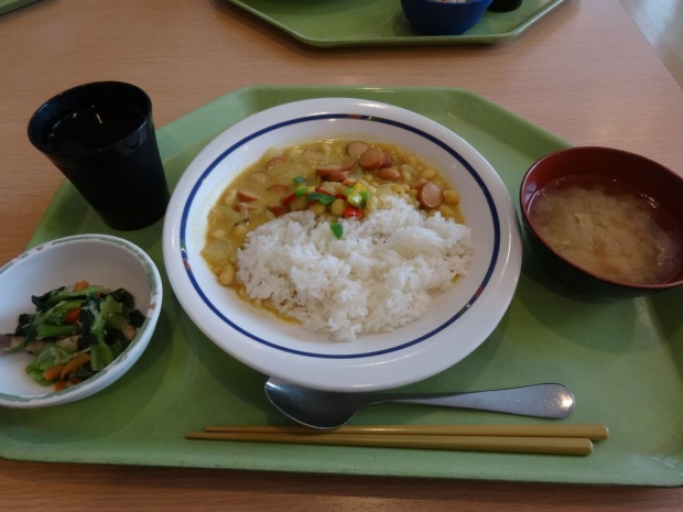 社食 (3)