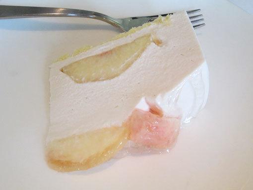 白桃レアチーズ
