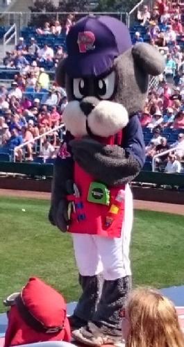 03a 300 slugger mascot