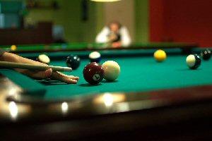03b 300 pool vs