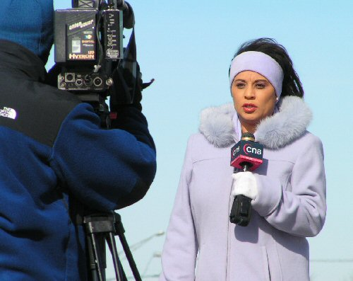 03a 500 newscaster CN8