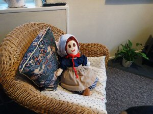 04b a doll with cushion
