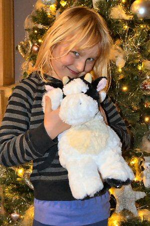 03a 300 girl rabbit xmas