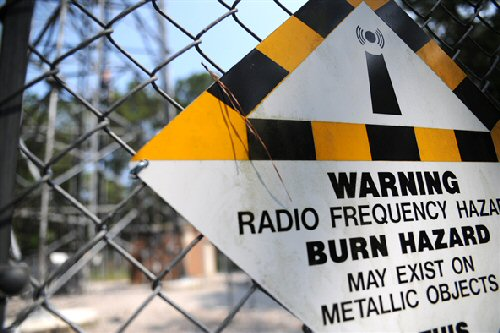 03b 500 warning radio frequency tower