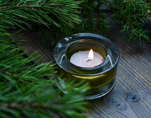 04e 500 Xmas pine candle