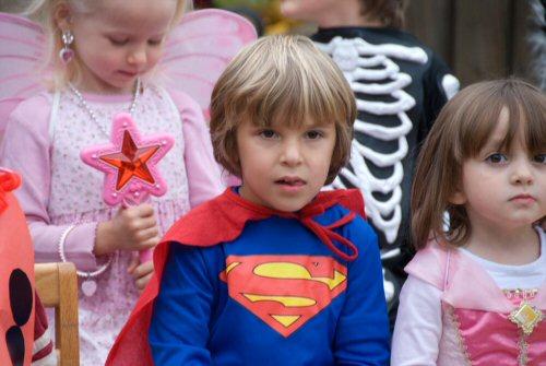 03b 500 superman among princesses