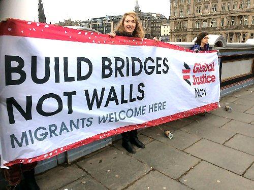 09j migrants welcome