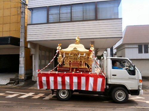 01c 500 190502 白山神社たゆさん02神輿