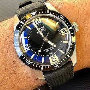 04e 300 swiss watch