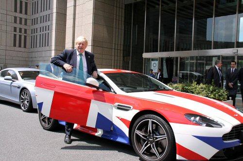 02b 500 Boris Johnson tokyo