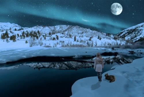 09c 600 nighttime gazing at moon