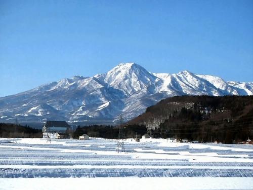 03c 600 Mt_Myoko_from_Northeast