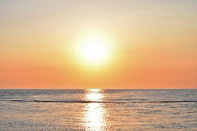 日本海の夕陽201905040001
