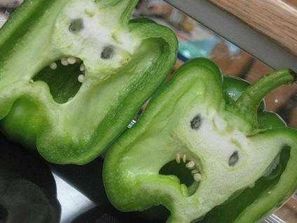funny-shaped-vegetables-fruits-13-620x.jpg