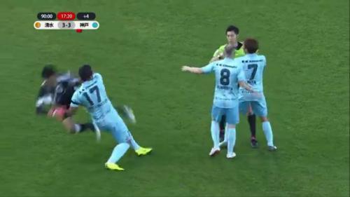 brawl (AT_18) Vissel Kobe vs Shimizu S-Pulse