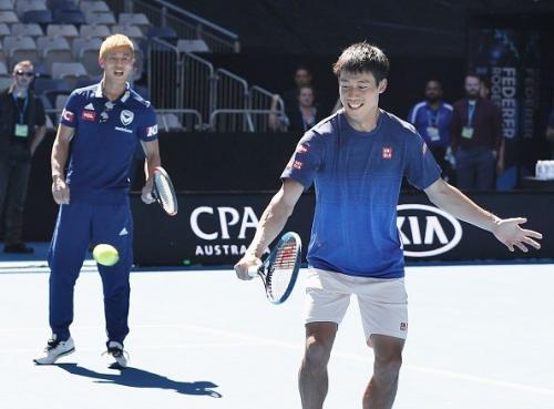 Kei Nishikori and Keisuke Honda doubles