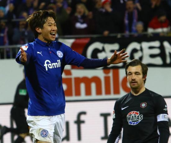 Kiel 5-1 Aue Masaya Okugawa goal
