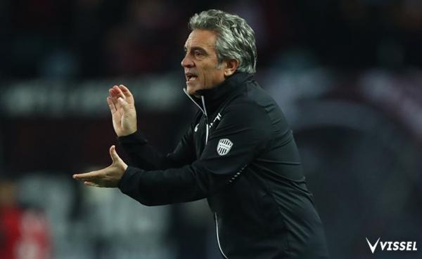 Vissel Kobe manager Juan Manuel Lillo granted release